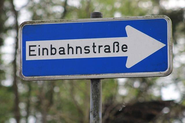 Antrag Ausweisung von Ausweichbuchten in der Wiesentalstraße